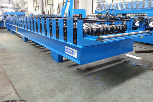 comflor-deck-roll-forming-machine-1.jpg